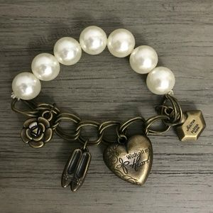 Jewelry - 5/$25 DEAL With All My Heart Stretch Bracelet